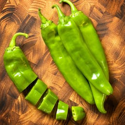 Fresh Hatch Green Chiles - Lumbre (X-Hot)