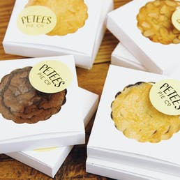 12 Little Pies in Wooden Gift Box