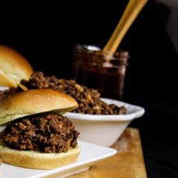 Chopped BBQ Brisket Sandwich Kit - 8 pack