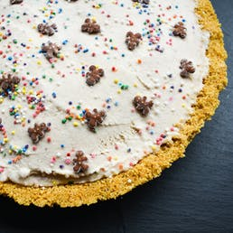 Gingerbread Man Ice Cream Pie