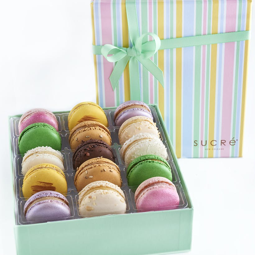 Signature Macaron Collection