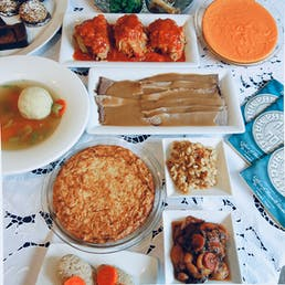 Complete Passover Dinner for Five