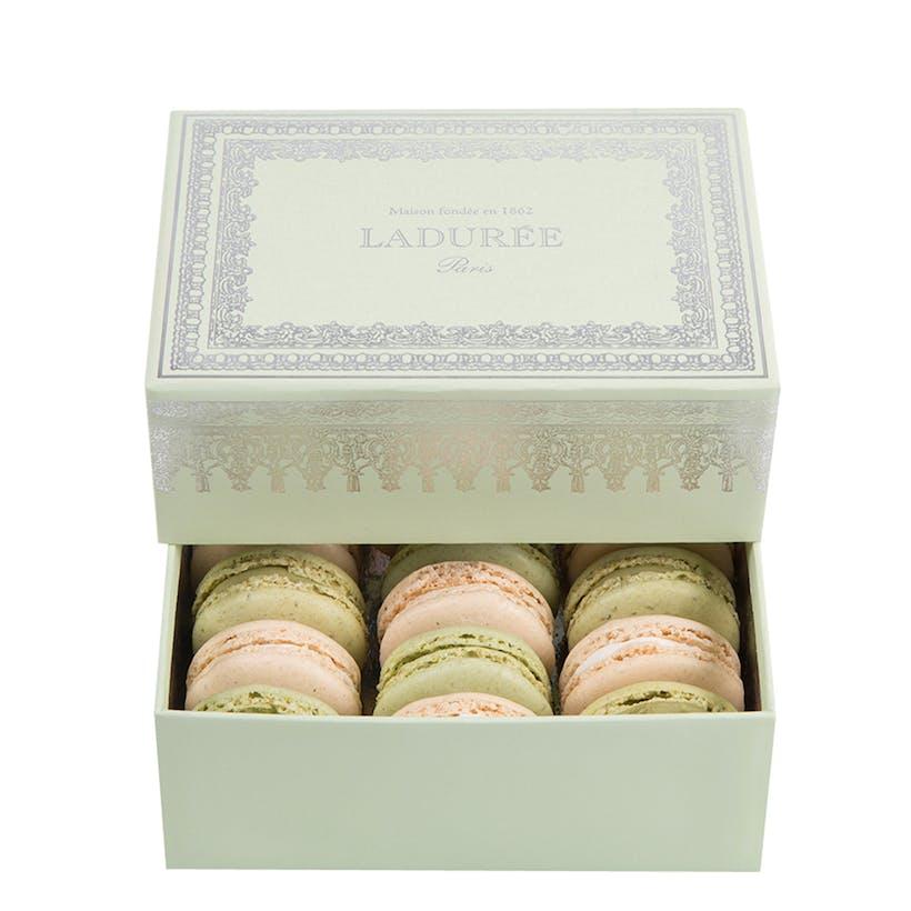 Napoleon III Green - Box of 12 Macarons