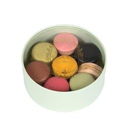 Crystal - Box of 15 Macarons