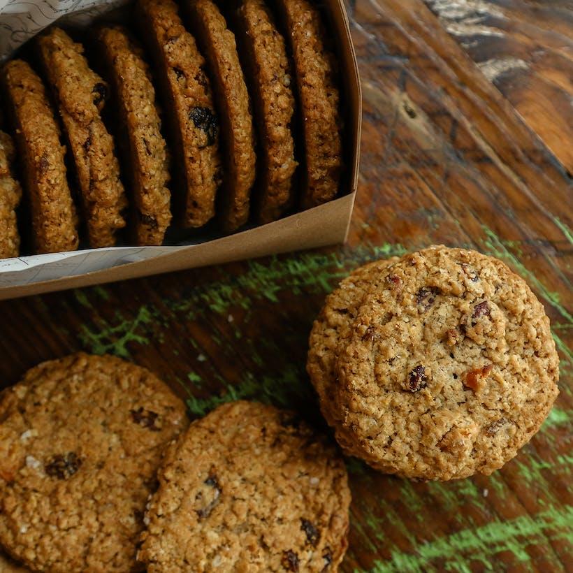 Oatmeal Dried Fruit Cookie Dozen