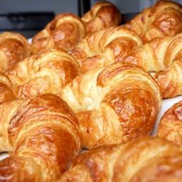 Fresh Butter Croissants - 16 Pack