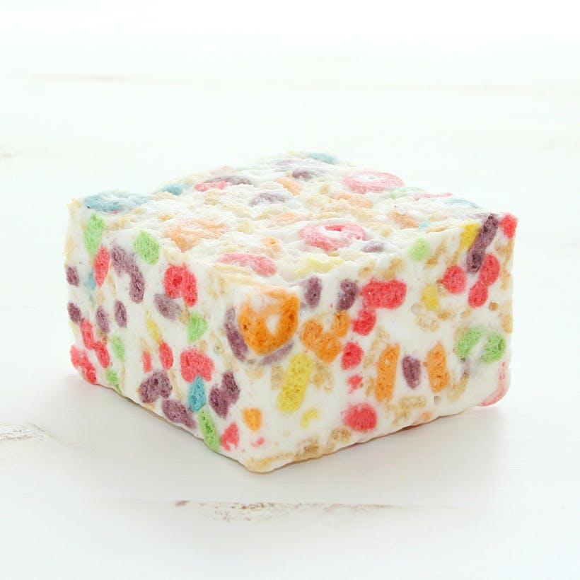 Fruity Ringlets Marshmallow Crispycakes -  4 Pack