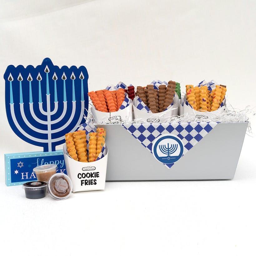 Hanukkah Cookie Fries Basket – 12 Cartons