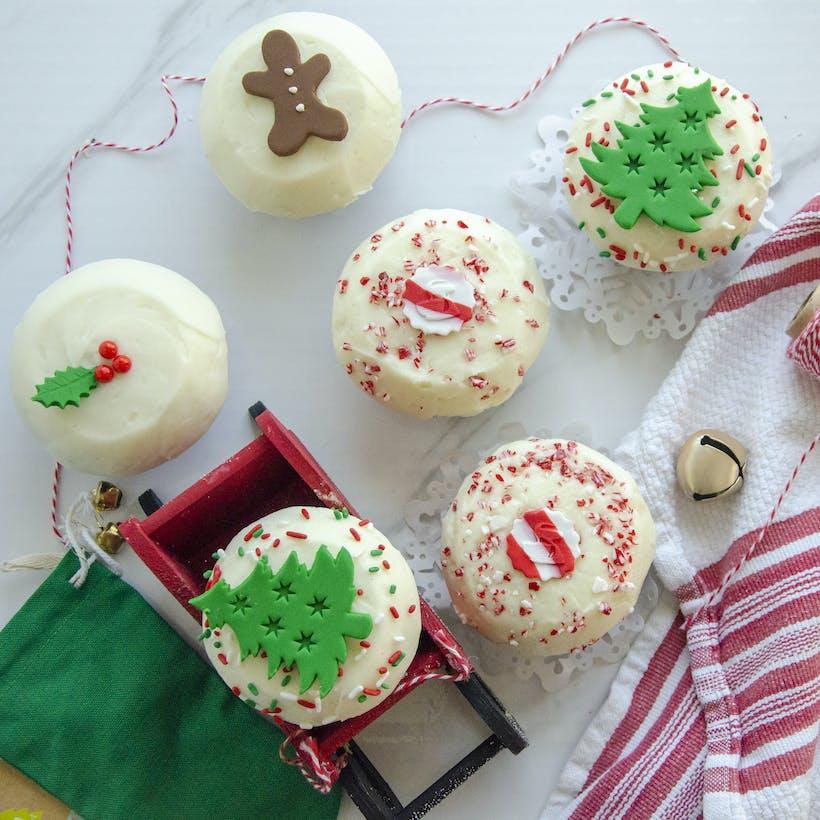 Assorted Holiday Cupcake Dozen