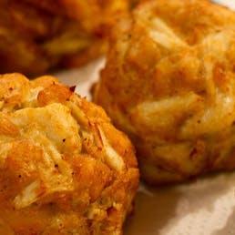 Jumbo Lump Crab Cakes - 4 Pack