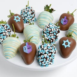 Hanukkah Chocolate Covered Strawberries